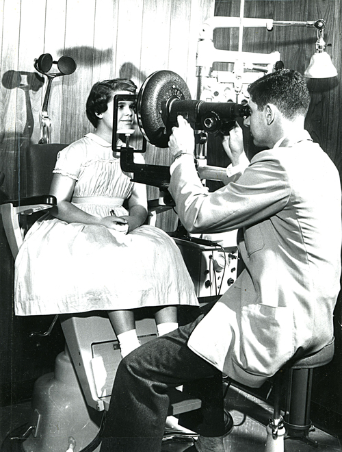 Rosin Eyecare History of Excellence in Chicago